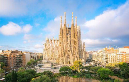 Βαρκελώνη… στα μονοπάτια του Γκαουντί Κάθε εβδομάδα από Αθήνα 4,5ημ