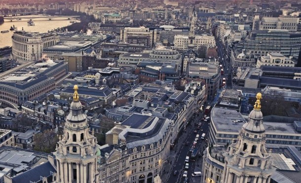 Λονδίνο εβδομαδιαίες αναχωρήσεις