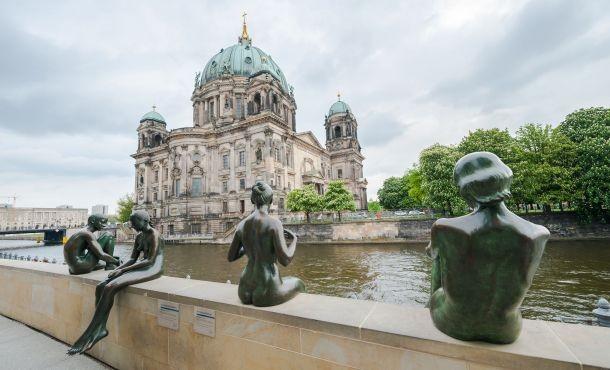 Βερολίνο εβδομαδιαίες αναχωρήσεις