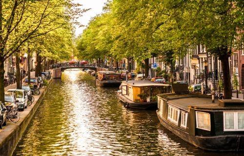 Βρυξέλλες - Άμστερνταμ