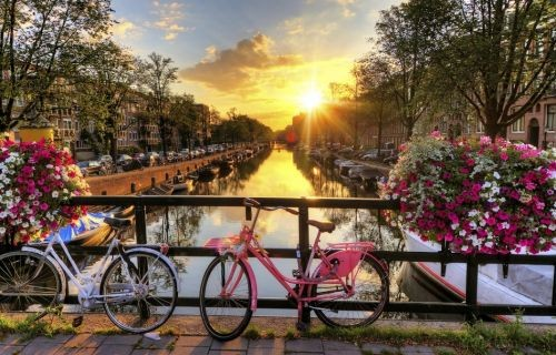 Άμστερνταμ - Βρυξέλλες