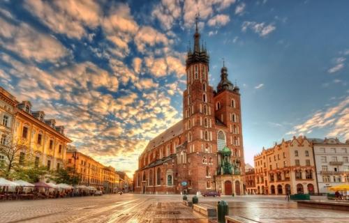 Κρακοβία, μία πόλη κόσμημα 4,5ημ από 28/03  Prive μεταφορές – ξεναγήσεις και με 2 άτομα