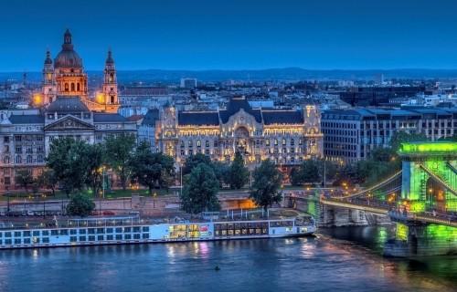 Βιέννη -  28Η Οκτωβρίου