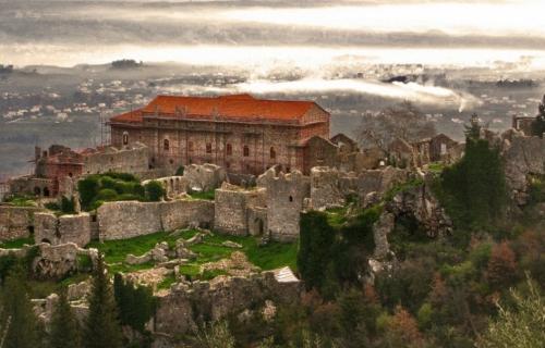 Επιβλητικές Καστροπολιτείες  Μαγεία Μεσσηνίας & Λακωνίας