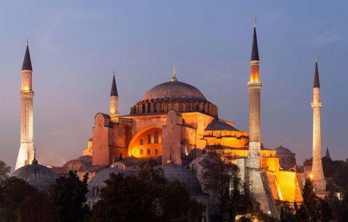 Κωνσταντινούπολη ,η πόλη των πόλεων 4ημέρες / 2 διαν/σεις